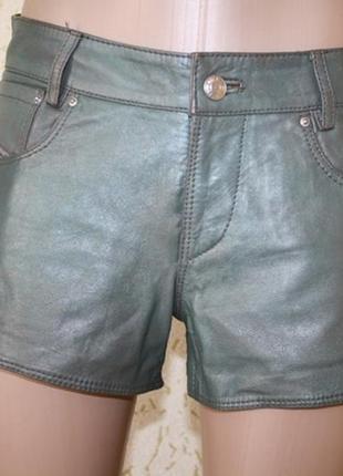 Крутые кожаные шорты, s