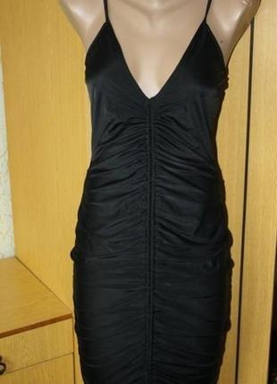 Черное платье в бельевом стиле, м