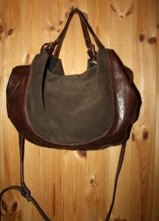 Удобная кожаная сумка , италия