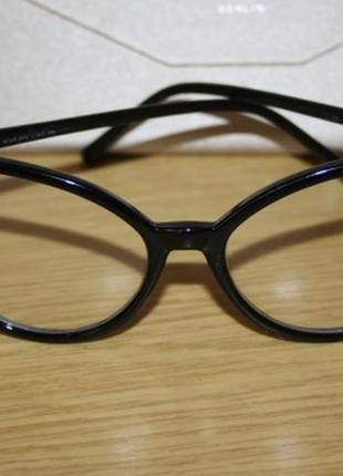 Имиджевые очки, бабочки