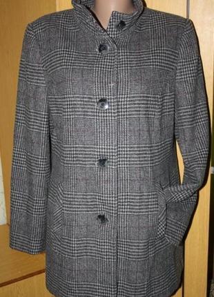 Теплое шерстяное пальто пиджак, клетка12 р.