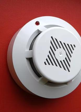 Извещатель дыма (пожарная сигнализация)