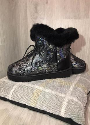 Угги под змеиную кожу ботинки зимние