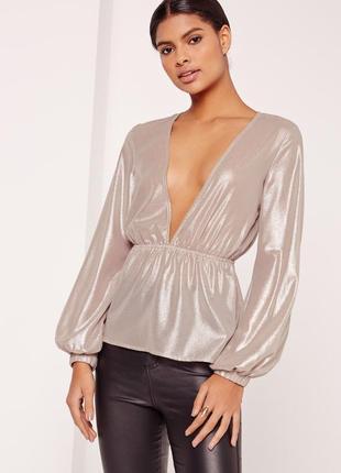 Шикарная блуза с глубоким вырезом цвет металлик