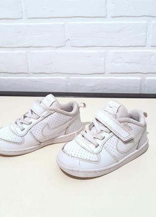 Оригинал кожаные кроссовки nike 25 размер