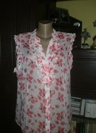 Неймовірної краси шифонова блузочка в яскраві квіти. розмір 20
