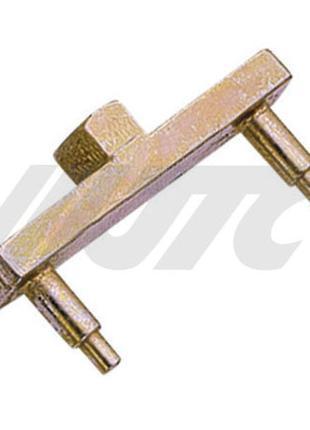 Ключ для крышки топливного насоса MB W210