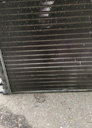 Радиатор охлаждения Renault