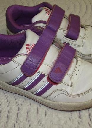 Кросівки adidas р. 26
