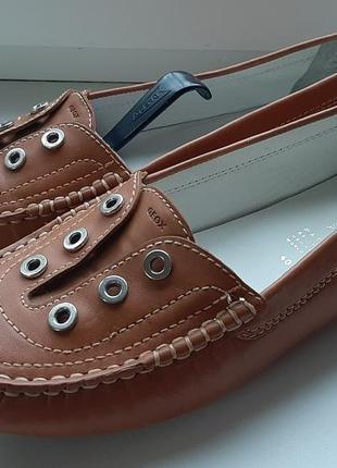 Фирменные кожаные лоферы geox.