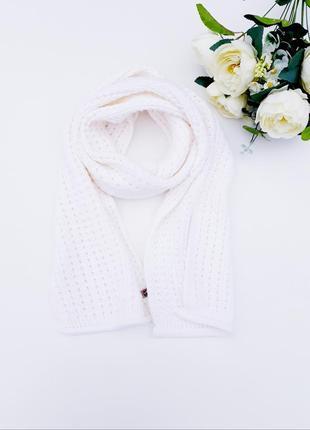 Нежный большой шарфик шарф молочного цвета состояние новой вещи