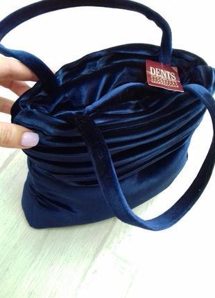 Стильная женская сумка dents похожа на бархат-велюр.