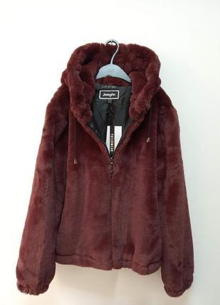 Куртка из искусственного меха с капюшоном
