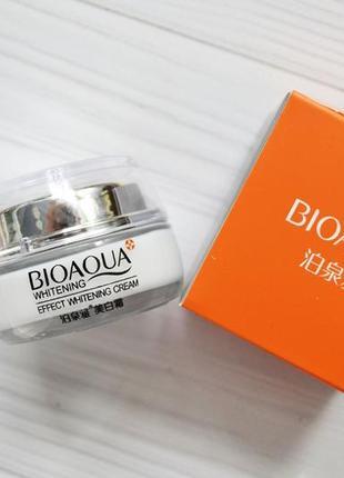 Отбеливающий крем bioaqua для лица с хризантемой и клюквой 30 г