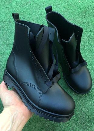 Ботинки - женские резиновые