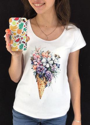Женская футболка с принтом - мороженое с цветами