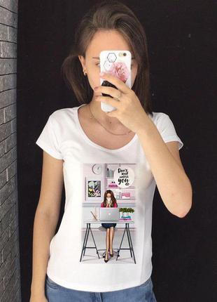 Женская футболка с принтом - девушка в офисе, футболка с рисунком
