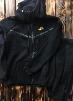 Мужской спортивный костюм - в стиле nike (черный,теплый)