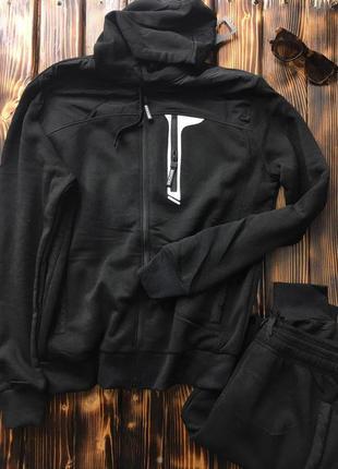 Мужской спортивный костюм - чёрный (на байке)