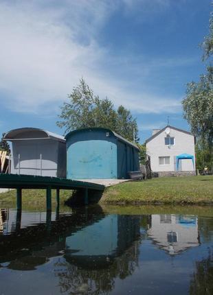 Дом - дача на берегу Днепродзержинского водох-ща в с.Кишеньки
