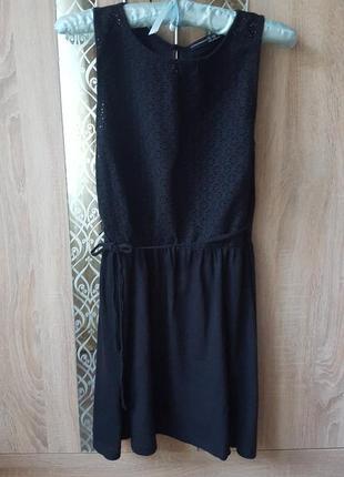Платье с перфорацией вставкой из батиста низ солнце