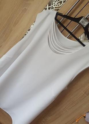 Красивая белая блуза с декором большой размер