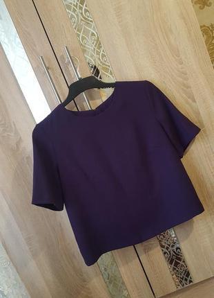 Стильная плотная блуза с замочком на спине