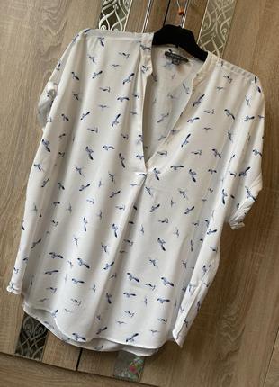 Актуальная легкая блуза в птицы, батал, большой размер