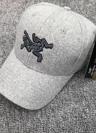 Шерстяные кепки бейсболки arcteryx оригинал