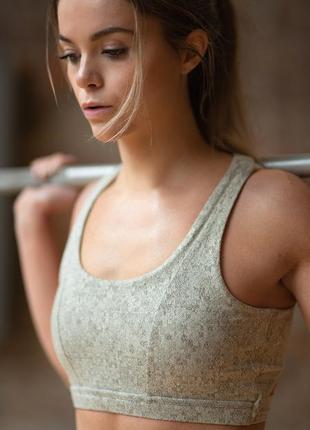 Топ для тренировок gymshark
