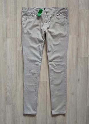 Женские тонкие джинсы джинси