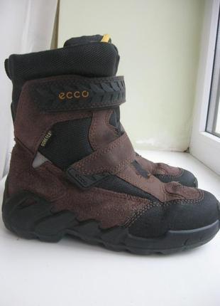 Зимние ботинки  ecco gore tex р.32