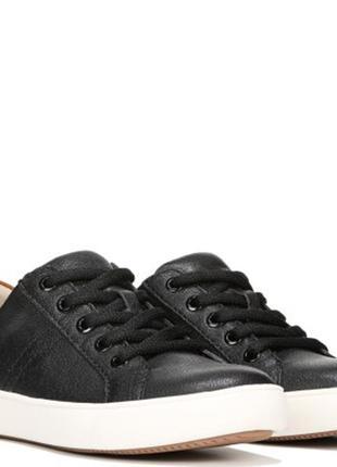 Женские кожаные кроссовки кеды naturalizer 35eur оригинал