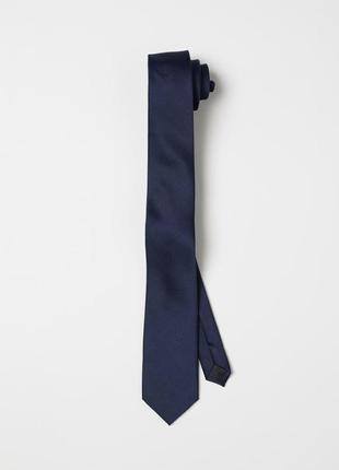 Синий атласный галстук h&m !
