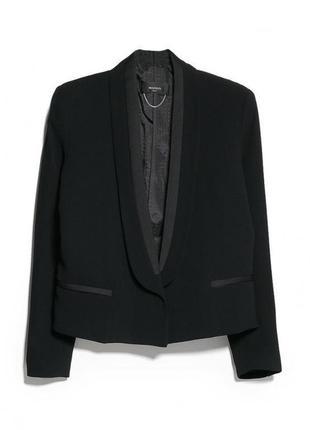 Брендовый черный пиджак жакет со вставками из ткани с атласным...