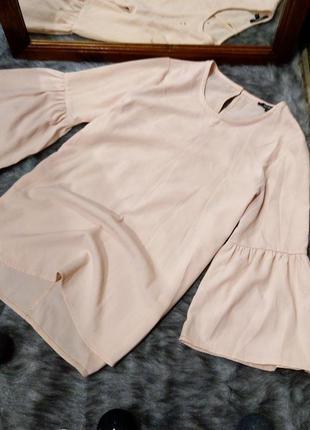 Блуза топ кофточка пастельного кремового оттенка с рукавами во...