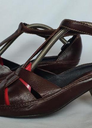 Туфли pikolinos босоножки. 39