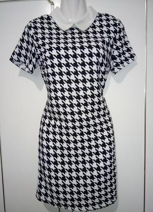 Missguided шикарное оригинальное платье с интересным принтом