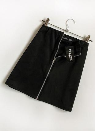 Обалденная базовая юбка на молнии boohoo