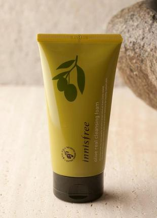 Пенка для умывания с экстрактом оливы innisfree olive real cle...