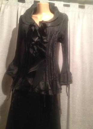 Оригинальная нарядная блуза.251