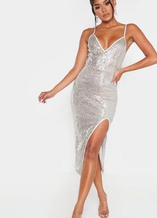 Роскошное бело бежевое платье миди в серебристые паетки