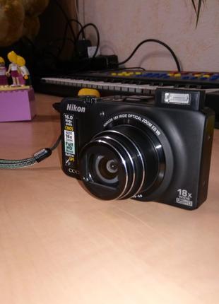 Фотоаппарат Nikon Coolpix S9300 Black с документами и коробкой