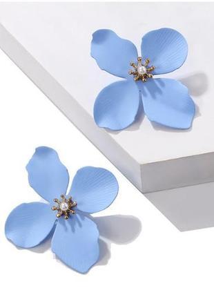 Уценка ! милые серьги голубые цветы