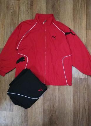 Спортивный костюм фирмы puma.
