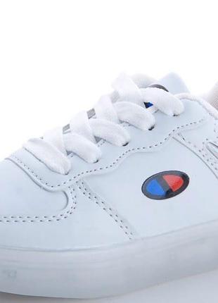 Светящиеся led-кроссовки