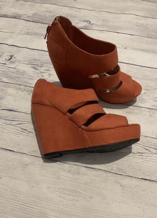 Босоножки фирменные , сандали , туфли