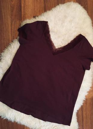 Шикарная блуза- футболка с кружевом 20 размер