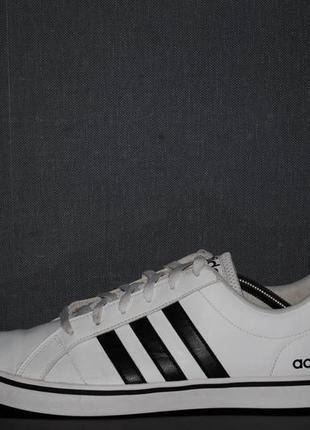 Кроссовки adidas neо 46 р