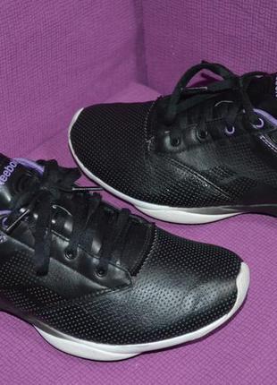 Кожаные кроссовки reebok